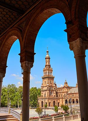 Bezienswaardigheden Sevilla; Plaza de Espana