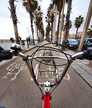 Goedkope stedentrips, fietsen in Barcelona
