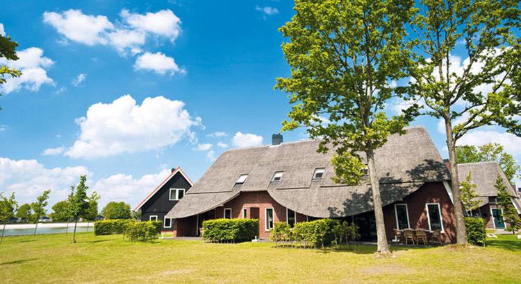 Hof van Saksen (Drenthe): luxe vakantiepark