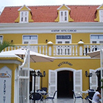 In de winter naar de zon; Academy Hotel Curaçao