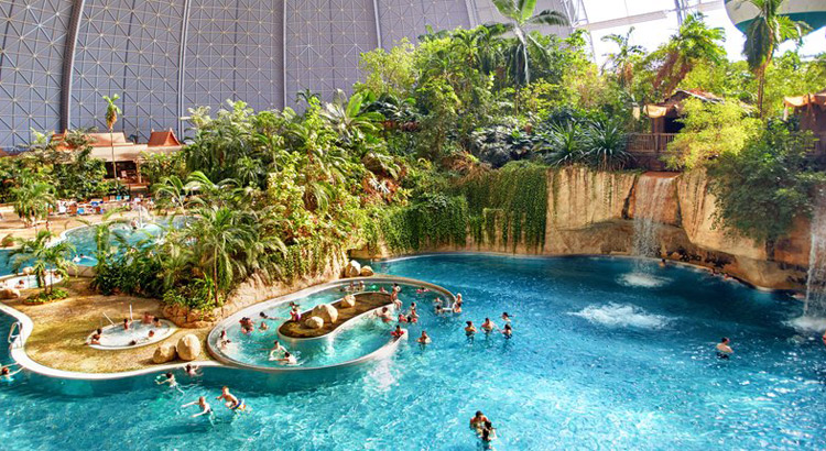 Tropical Islands, waterpark in Duitsland