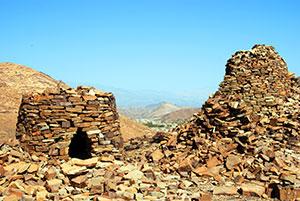 Duiken in Oman - graftombes van Qubur Juhhal
