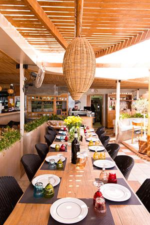 Vakantie Santorini, beachclub