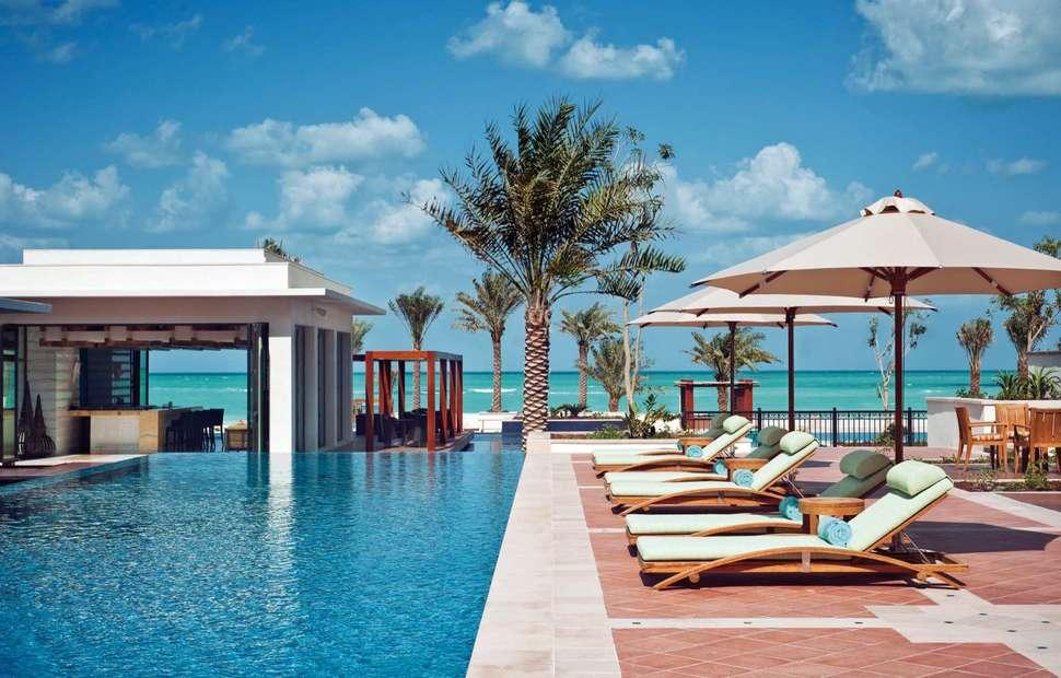 Bezienswaardigheden Abu Dhabi, The St. Regis Saadiyat Island Resort