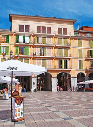 Bezienswaardigheden Palma de Mallorca: Plaza Mayor