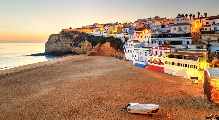 Kustplaatsen Algarve, Carvoeiro