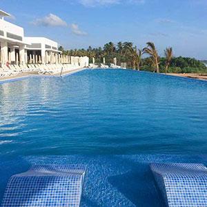 Hotel Riu Sri Lanka: zwembad