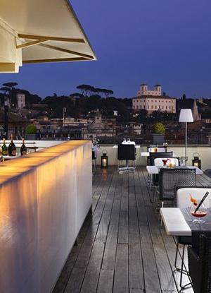 Stadshotel met geweldig uitzicht; First Luxury Art Hotel Roma