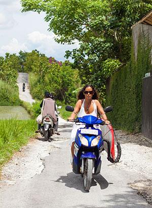 Doen op Bali: scooter huren