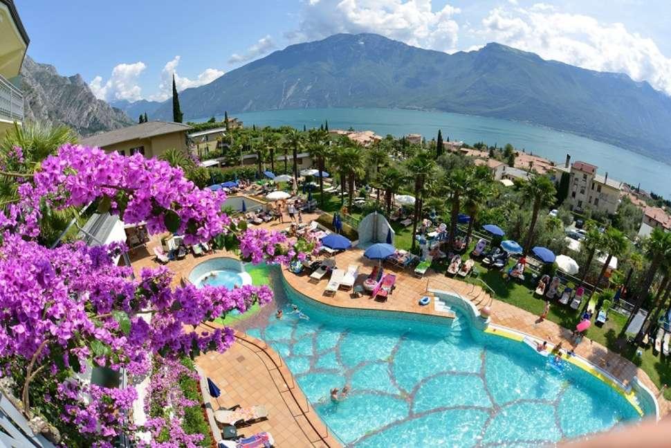 Autovakantie Italië, Hotel Royal Village