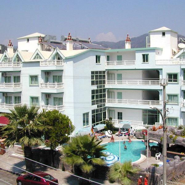 Uitgaan Turkije, Appartementen Karkaras