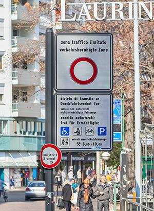 ZTL: zone traffico limitato, Italië