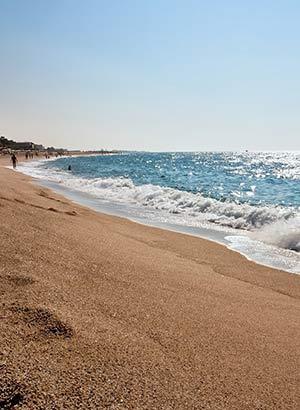Doen Costa Barcelona, zonnen strand