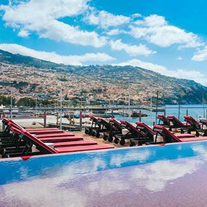 Pestana CR7 Funchal, Christiano Ronaldo hotel: dakterras