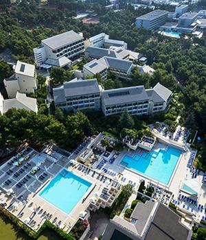 Hotels bij Zlatni Rat, Kroatië