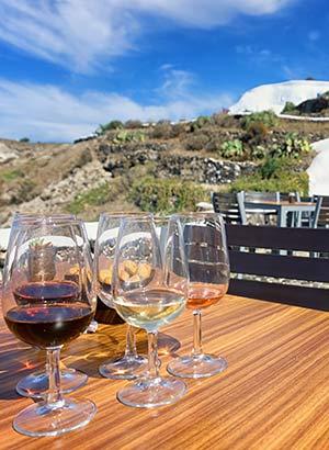 Wat te doen Mykonos: wijn proeven