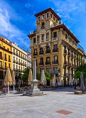 Voorjaar in de Spaanse steden: Madrid