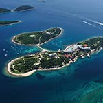 Populaire badplaatsen Kroatië; Rovinj, Island Hotel Istra
