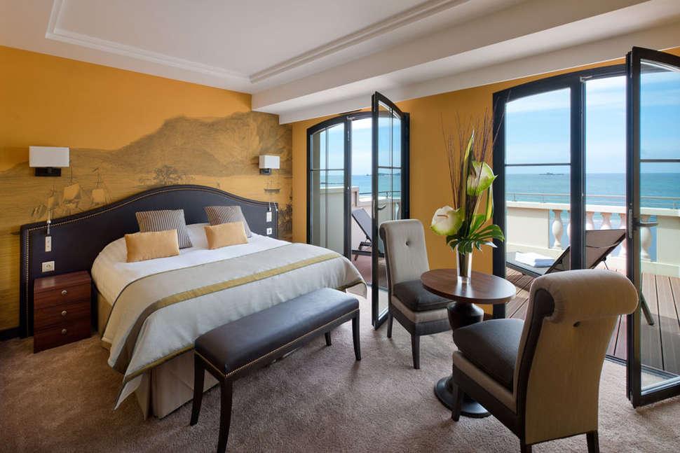 Mooiste stranden Frankrijk: Hotel Le Nouveau Monde