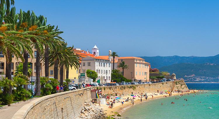 Doen op Corsica