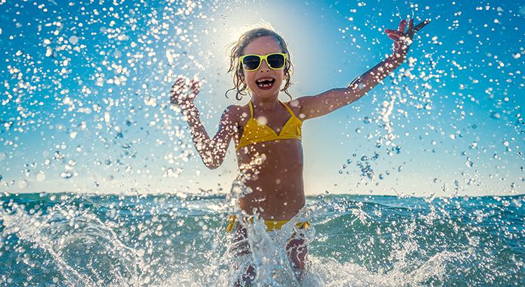 Tips voor een veilig dagje strand met kinderen