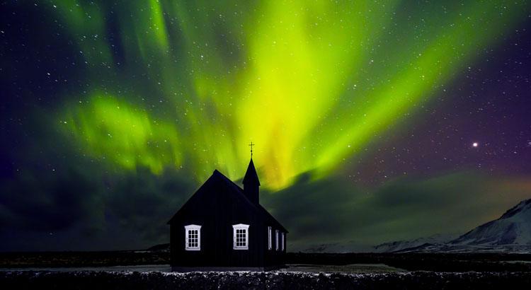 Noorderlicht spotten IJsland