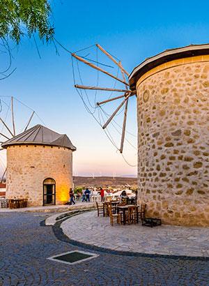 Alaçati: klein en gemoedelijk Turkije, windmolens