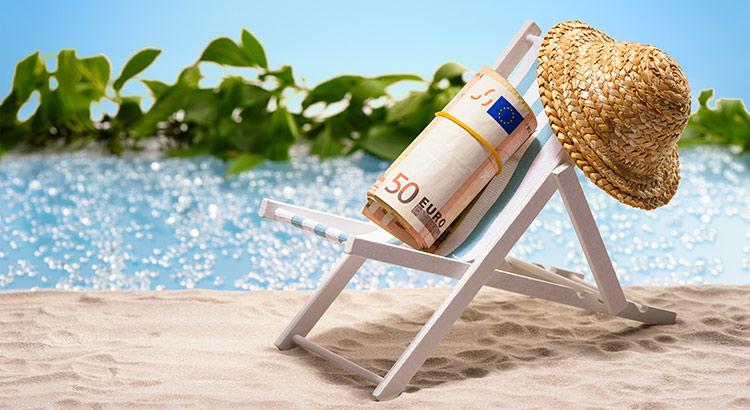 Bezuinigen vakantie tips