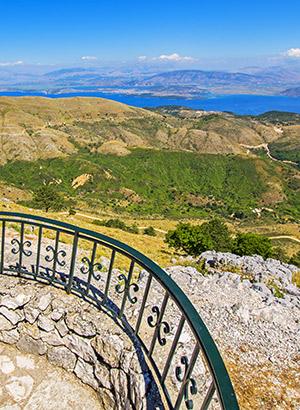 Redenen Corfu vakantie: groene natuur
