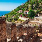 Het Kasteel van Alanya, de trots van de Turkse badplaats