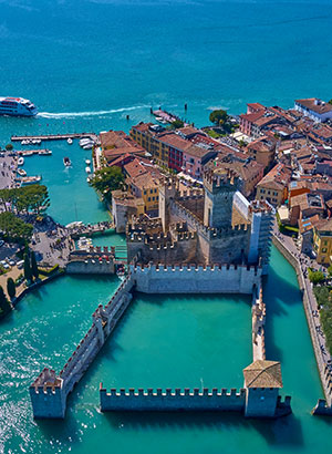 Mooiste kastelen Italië: Rocca Scaligera, Sirmione (Gardameer)