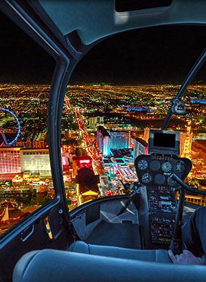 Doen in Las Vegas: helikopter bij nacht