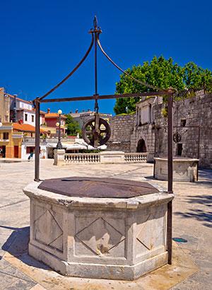Doen in Zadar: Vijf putten