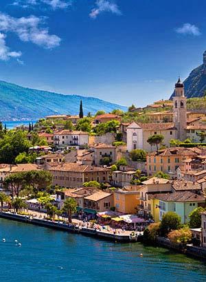Badplaatsen Gardameer: Limone sul Garda