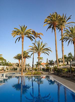 Hotels corona maatregelen: zwembad