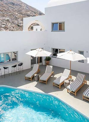 boutique hotels Santorini
