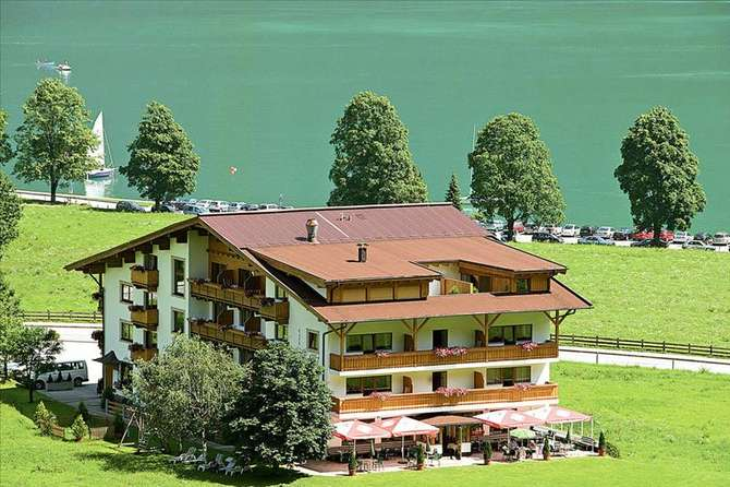Hotel Bergland & Obertuschenhof Pertisau