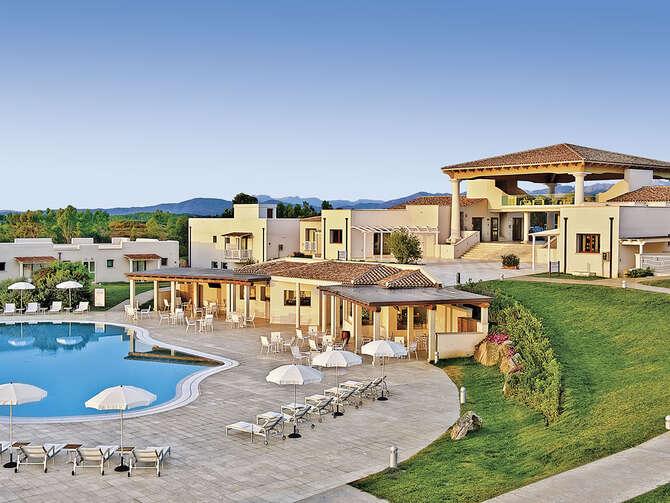 Resort Grande Baia San Teodoro