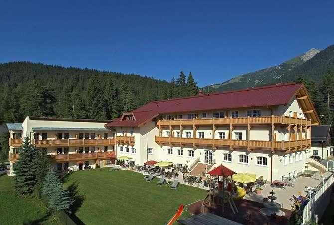 Panorama Sonnenresidenz Waldhotel Seefeld in Tirol