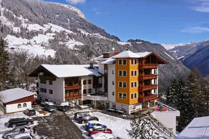 Hotel Aussicht Finkenberg