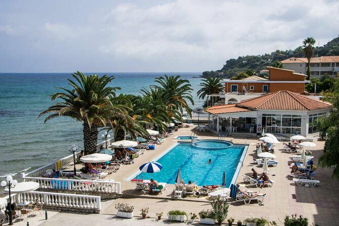 Paradise Hotel Argassi