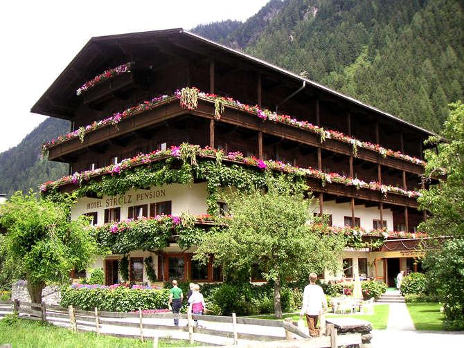 Hotel Pension Strolz Mayrhofen