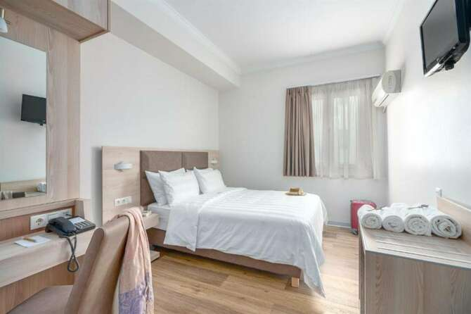 Hotel Attalos Athene