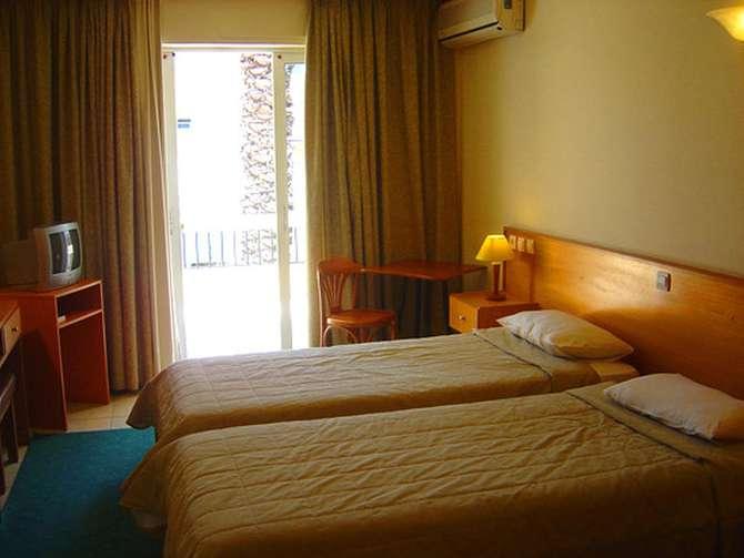 Flisvos Hotel Sitia