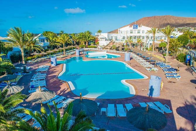 HL Aparthotel Paradise Island Playa Blanca