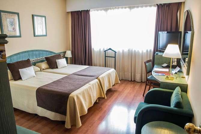 Hotel Monte Carmelo Sevilla