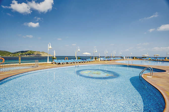 Invisa Hotel Club Cala Verde Playa de Figueral