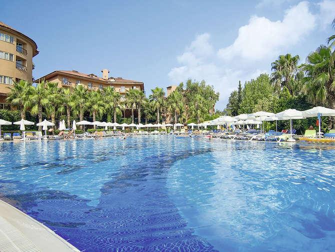 Maxholiday Hotels Stone Palace Resort Side
