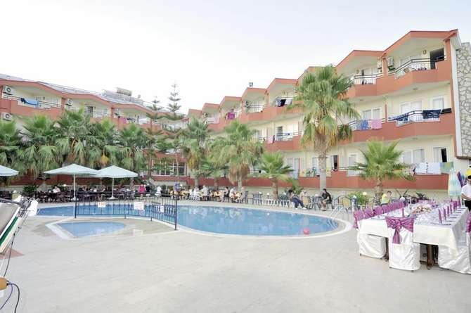 Hotel Semoris Side