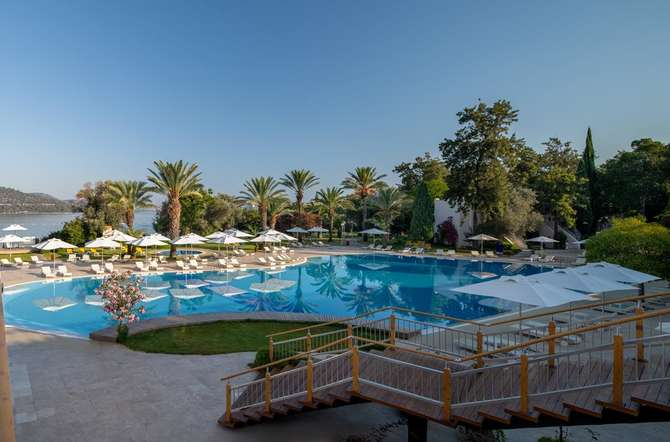 DoubleTree by Hilton Bodrum Isil Club Resort Torba